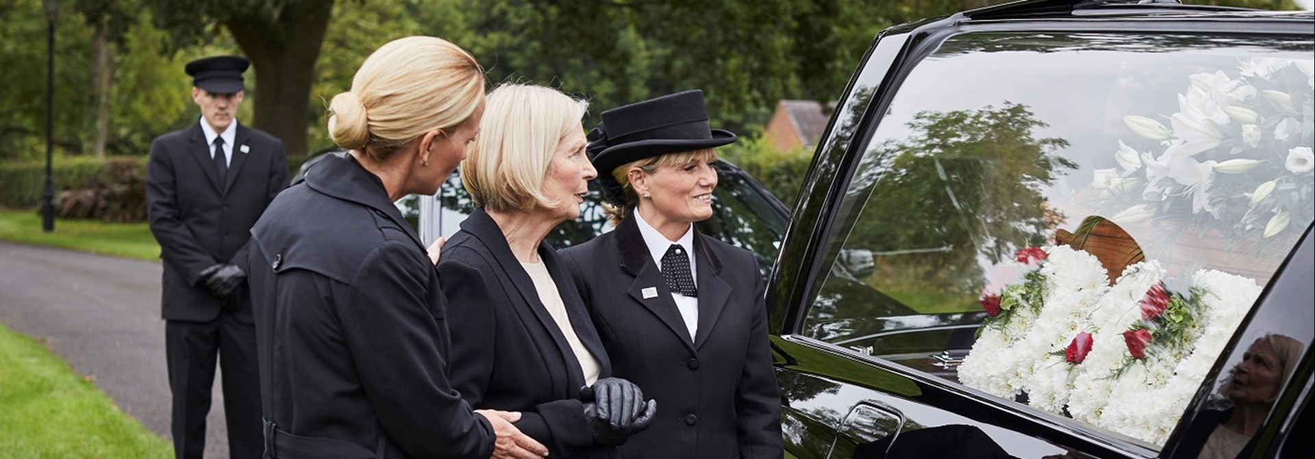 What happens at a funeral service Dignity Funerals