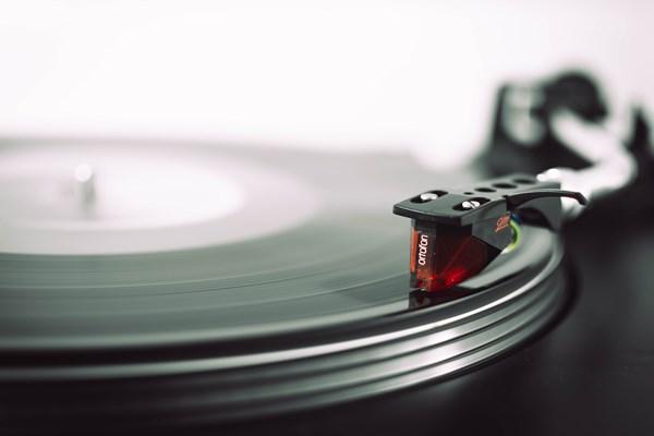 Press cremation ashes into a vinyl record