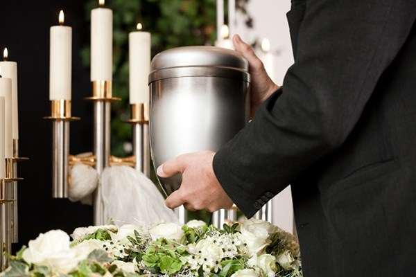 Cremation Urn | Dignity